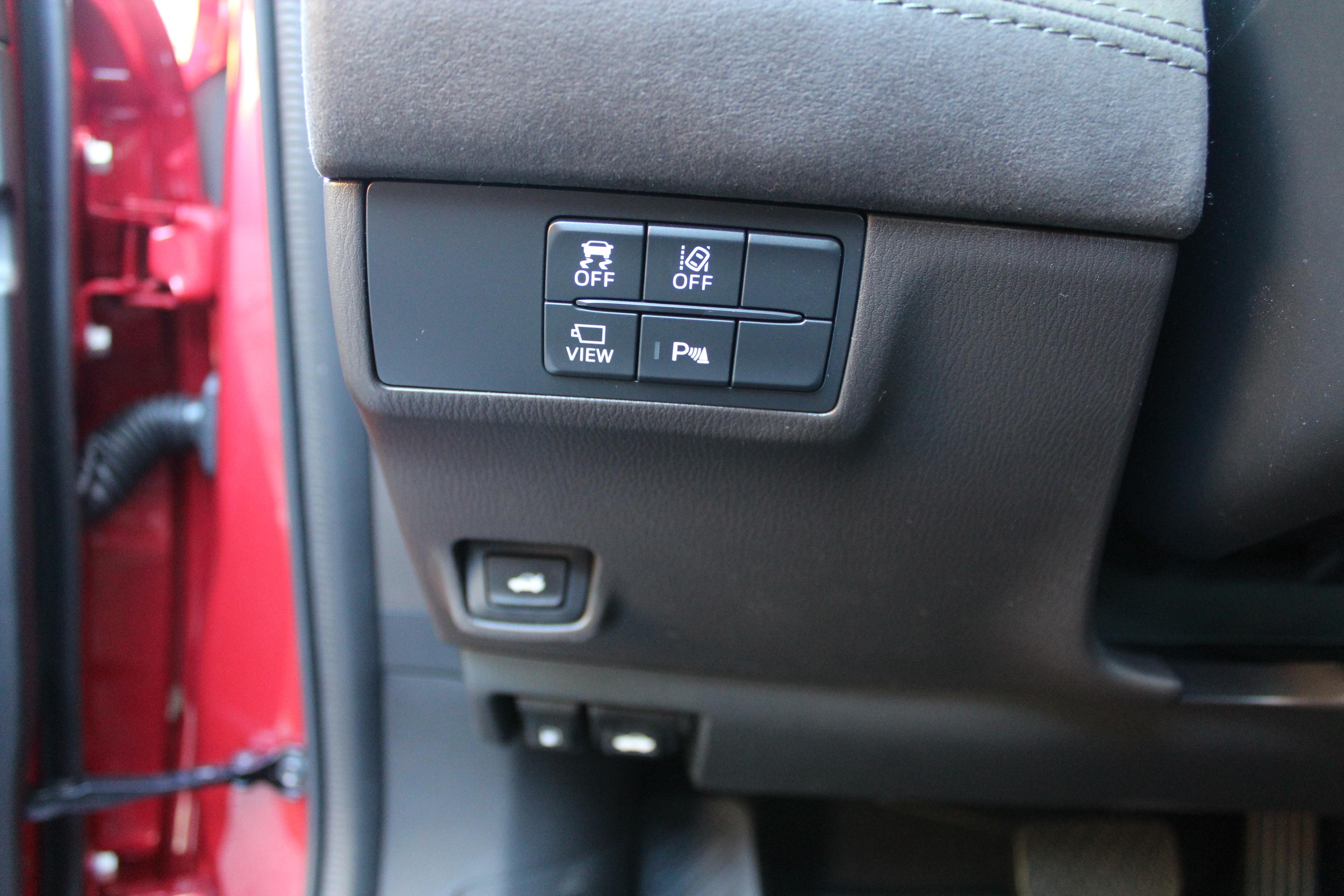 Mazda-6-Controls-Colonial-Roads