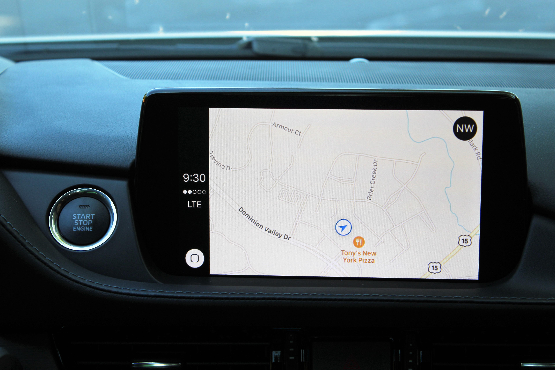Mazda-6-Tech--Apple-Colonial-Roads