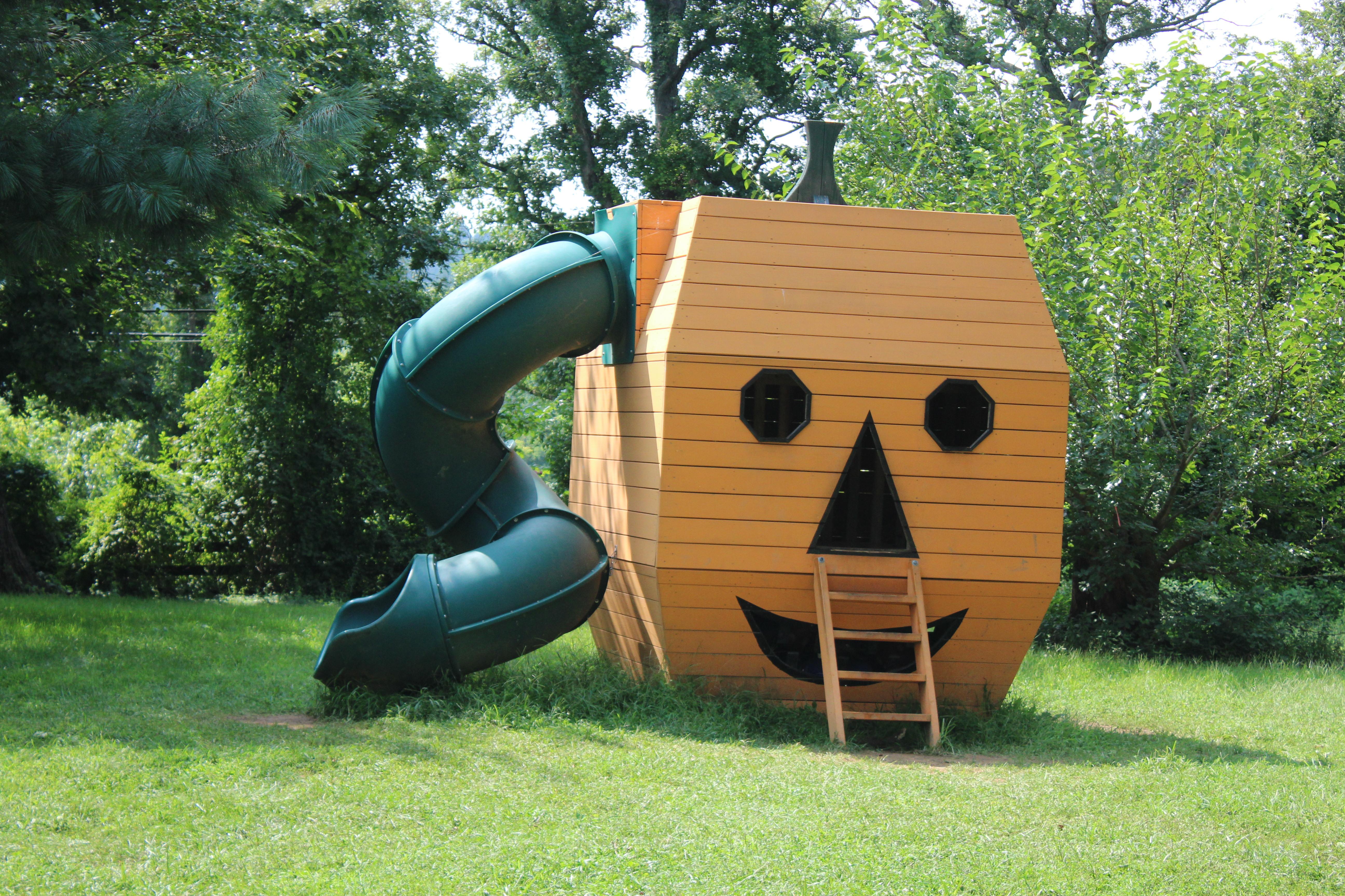 Pumpkin-Slide