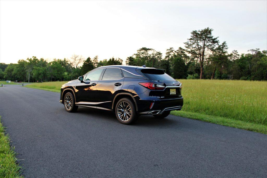 Lexus RX 350 Colonial Roads